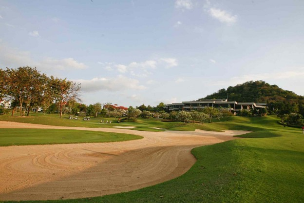 Laem Chabang International Country Club, golf breaks in Pattaya, Thailand