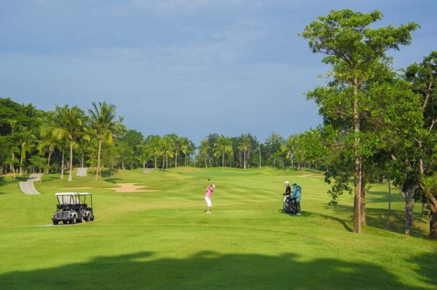 Majestic Creek Country Club, golf holidays in Hua Hin, Thailand