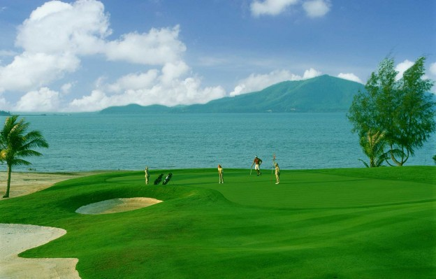 Mission Hills Phuket Golf Resort and Spa, golf holidays in Phuket, Thailand