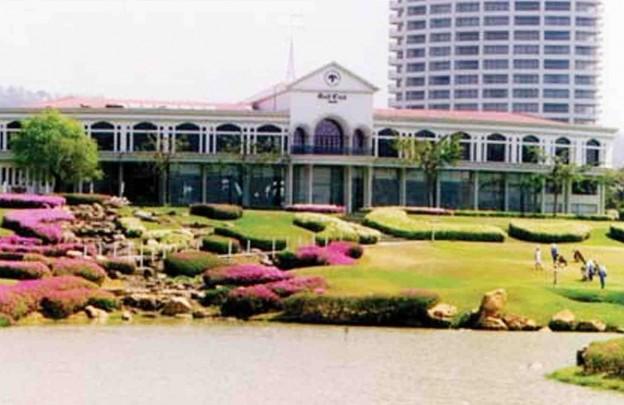 Crystal Bay Golf Club, golf course in Pattaya, Thailand